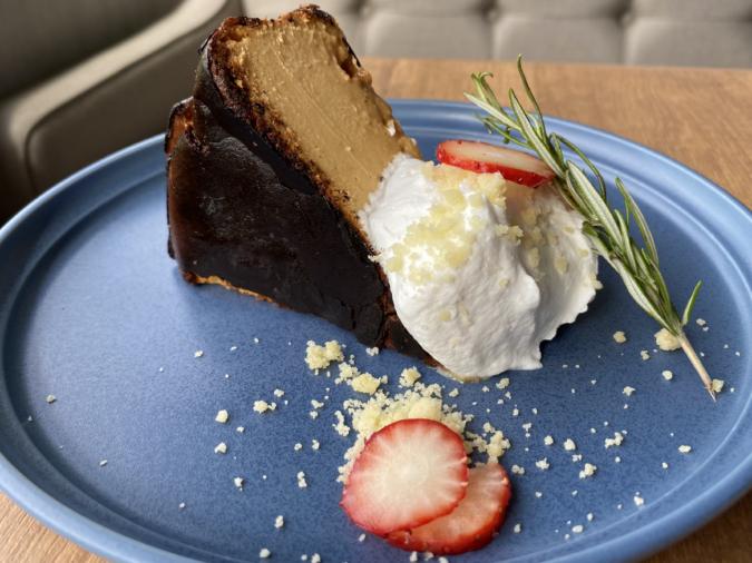 生キャラメルバスクチーズケーキ