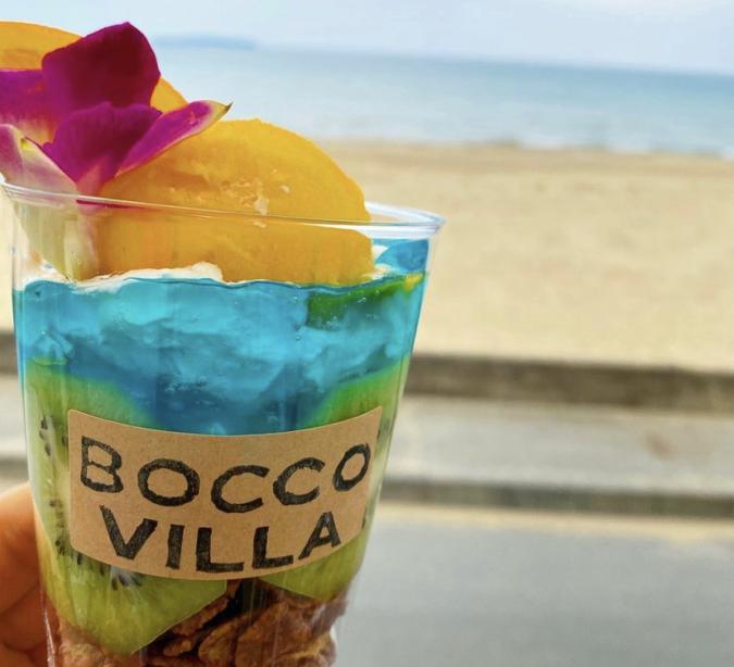 BEACH CAFE&STAY BOCCO VILLA(ビーチカフェアンドステイ ボッコヴィラ) 光の道パフェ