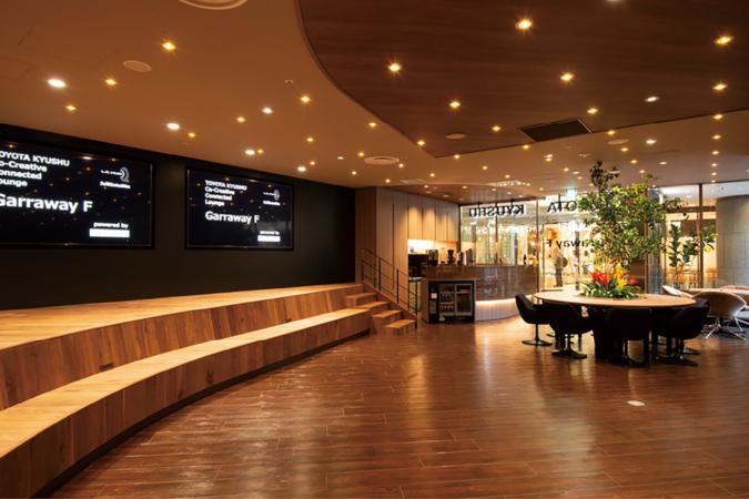 TOYOTA KYUSYU Co-Creative connected Lounge Garraway F (ギャラウェイエフ) 広々としたスペース