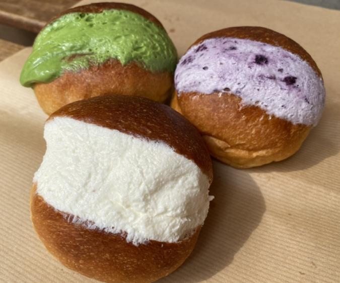 THE ROOTS neighborhood bakery(ザルーツネイバーフッドベーカリー) マリトッツォ