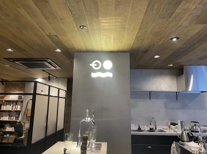 ポスコーヒー店内
