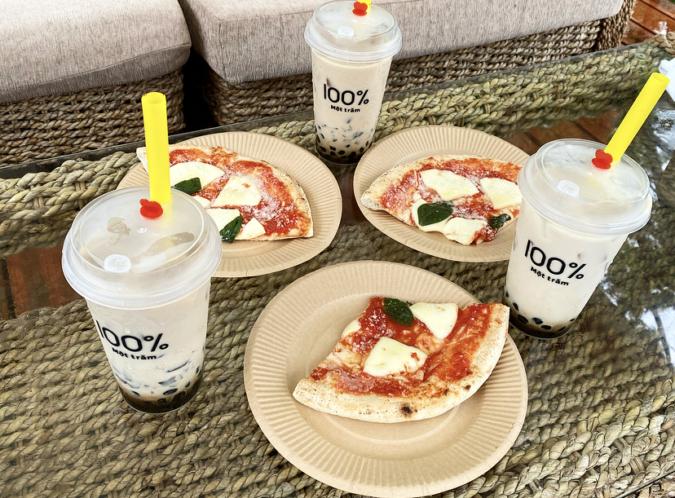 贅沢お肉3種メガ盛りBBQプランには「ピザレボ」のピザ付き