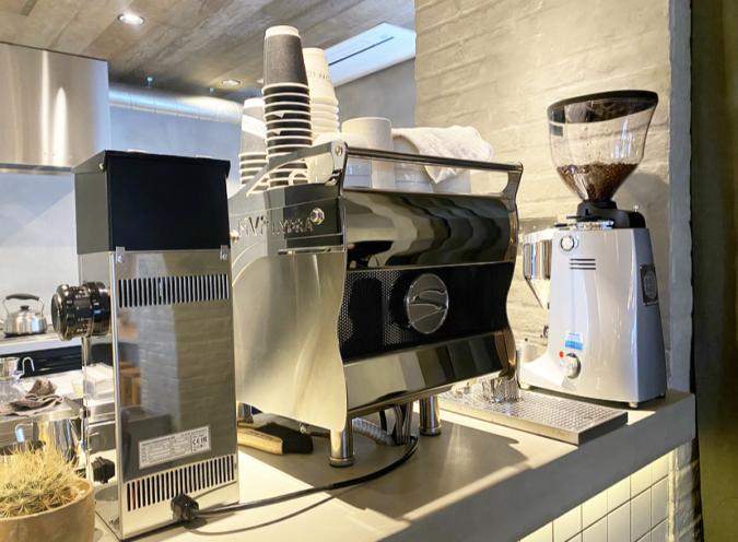 ポスコーヒーのエスプレッソマシン
