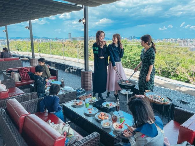 アゴーラ福岡山の上ホテル&スパ 『クール&ラグジュアリー ビアテラス 2021』のランチBBQ TERRACE