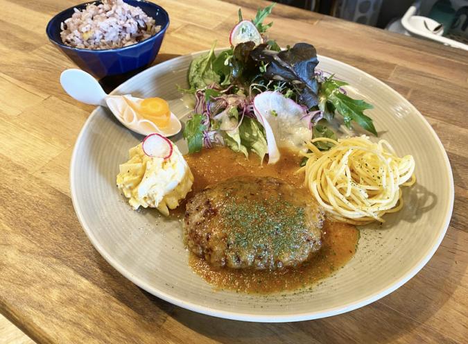 Ichi Cafeハンバーグプレート