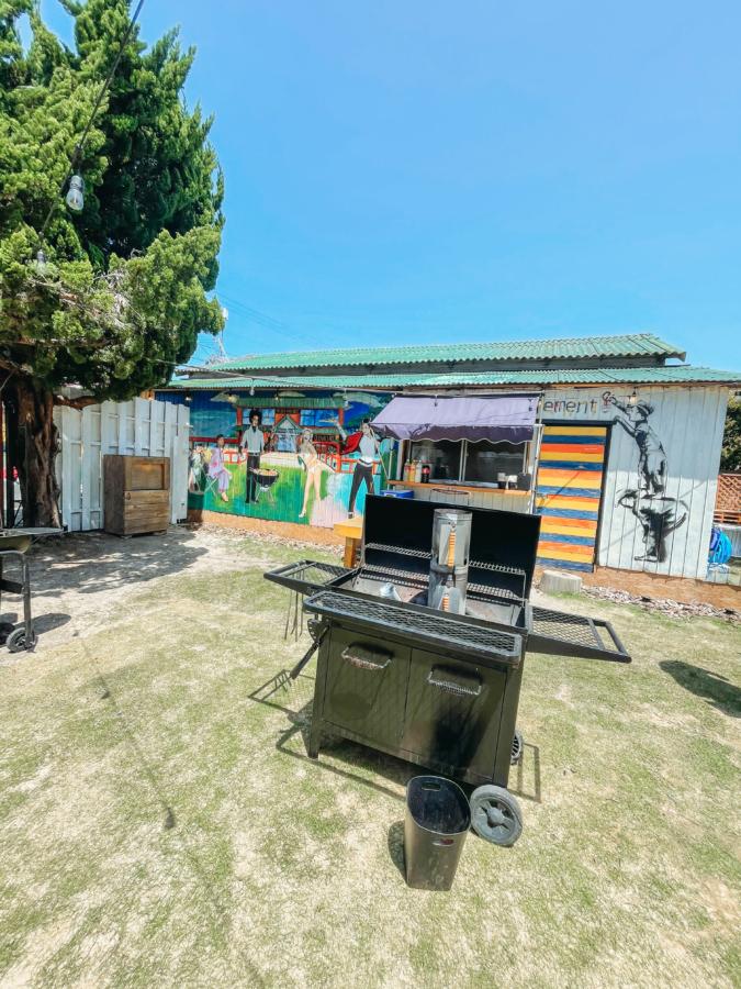 「Harrywood Garden」BBQスペース