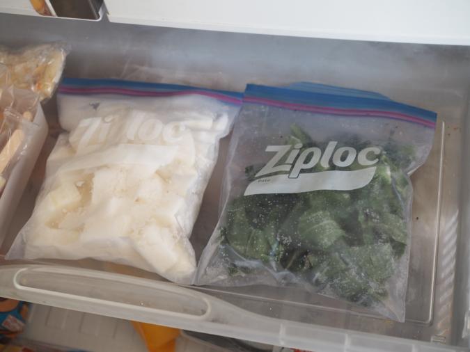 狭い冷凍庫を有効活用する収納のコツ