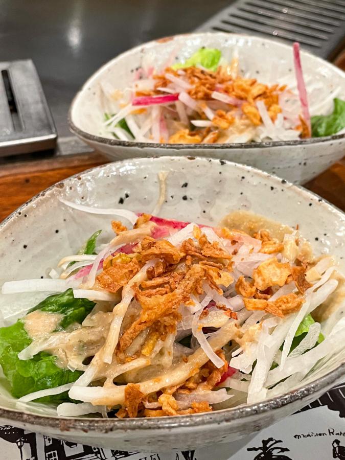WITH THE STYLE FUKUOKA「ミディアムレア」ハンバーグランチのサラダ