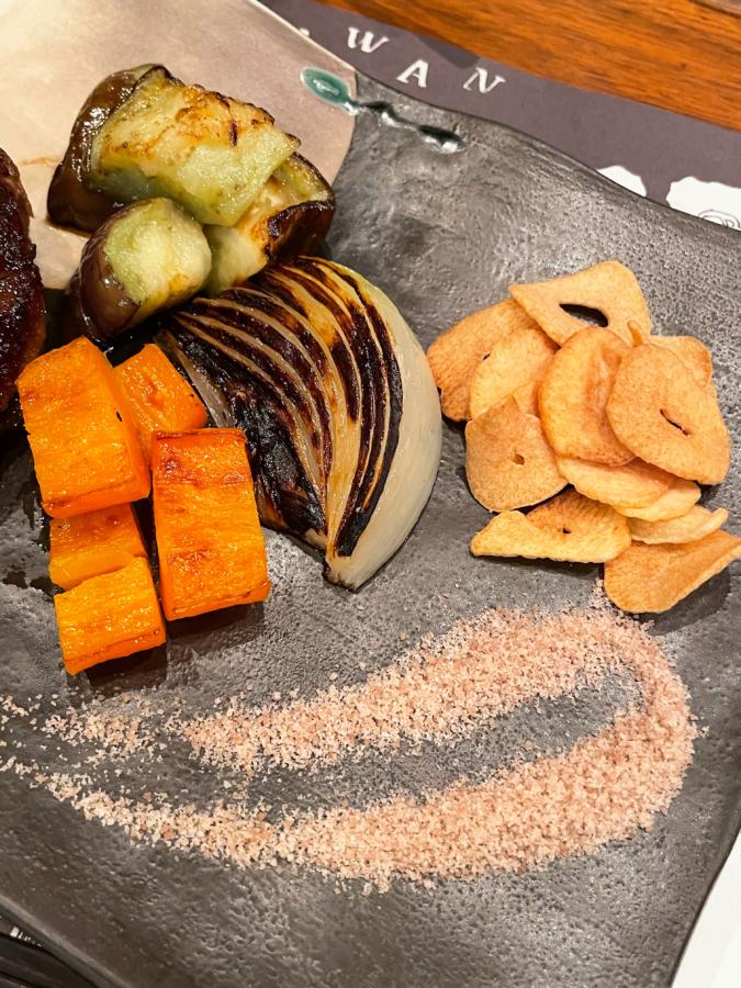 WITH THE STYLE FUKUOKA「ミディアムレア」ハンバーグランチの焼き野菜