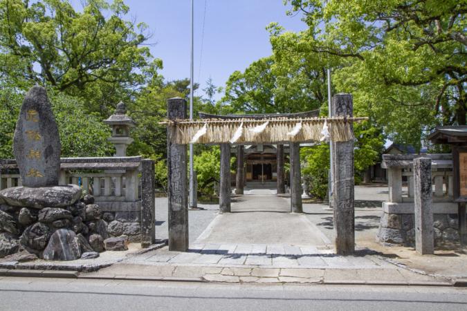 『OKUZOE SEIPAN(奥添製パン)』は老松神社の斜め前