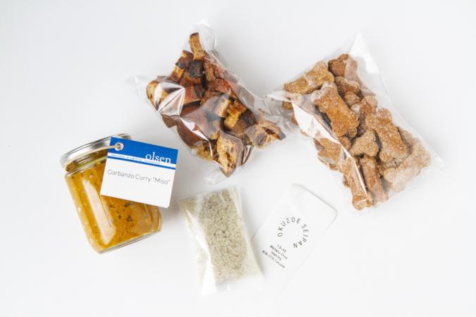 『OKUZOE SEIPAN(奥添製パン)』ではクルトンや犬用クッキーなども販売