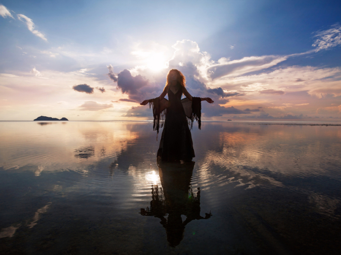 【ソウルナンバー6の人】守護神 HATHOR ハトアー(空と太陽の女神)