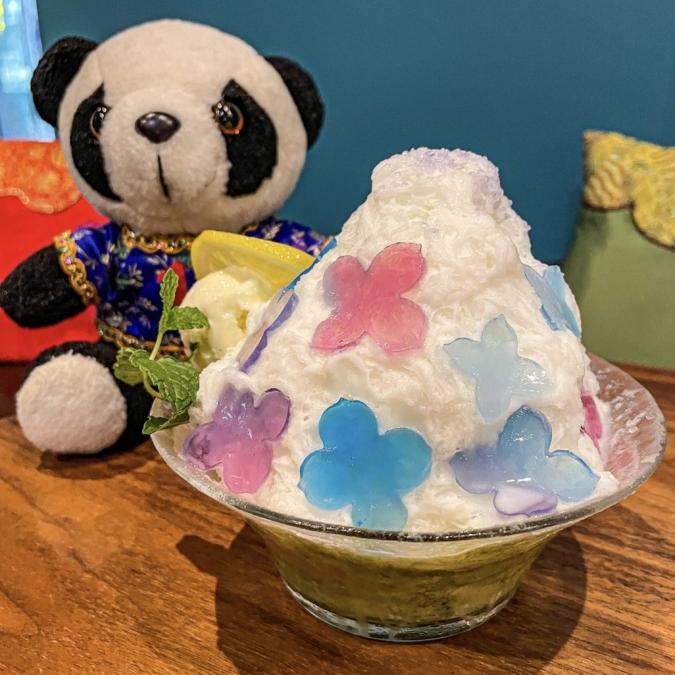 「CHINA CAFE」紫陽花の雪花氷1