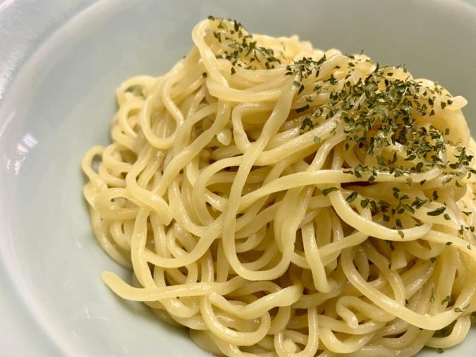 「入船食堂」グリーンメンのちぢれ麺