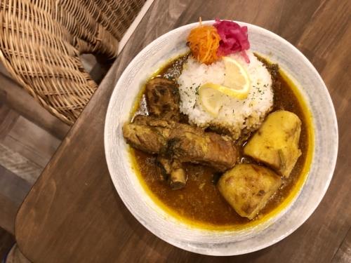 「mama curry」スペアリブカレー
