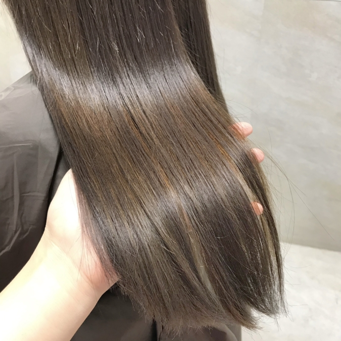 縮毛矯正とストレートパーマのメリット・デメリット