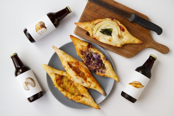 『ダコメッカ』バゲットピッツァとパンビール