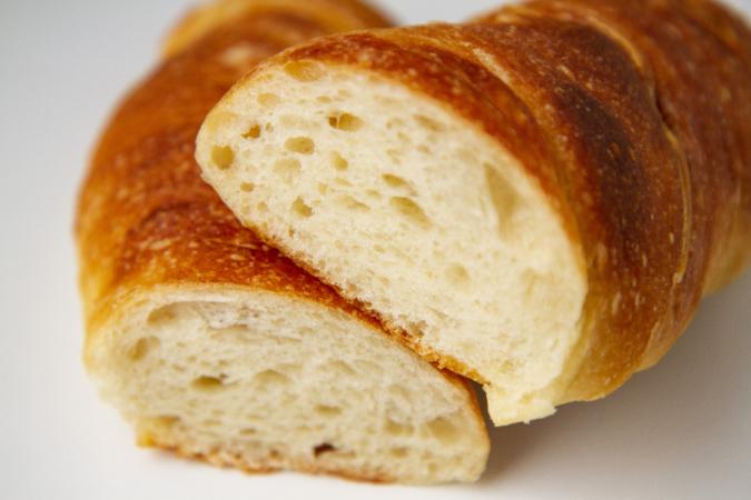「パンとお菓子のアトリエ IKURI(イクリ)」トルデュ断面