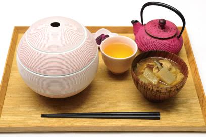 chano-ma(ちゃのま)選べるお重ごはん(豚汁、香の物・ドリンク付き)