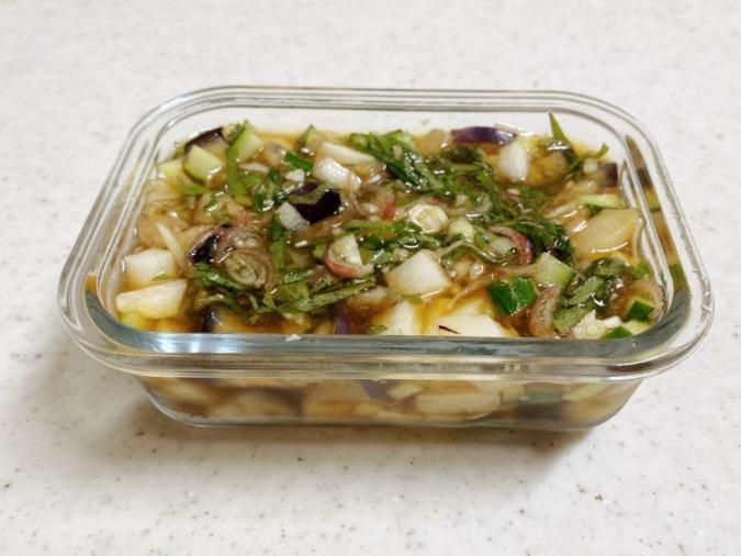 夏野菜の麺つゆ漬け