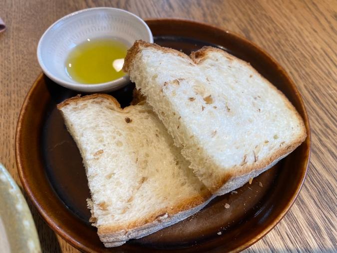 「MOMOTOSE久留米店」ランチパン
