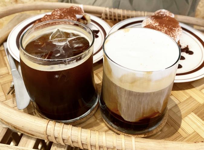 『cafe+82』アメリカーノと塩ラテ