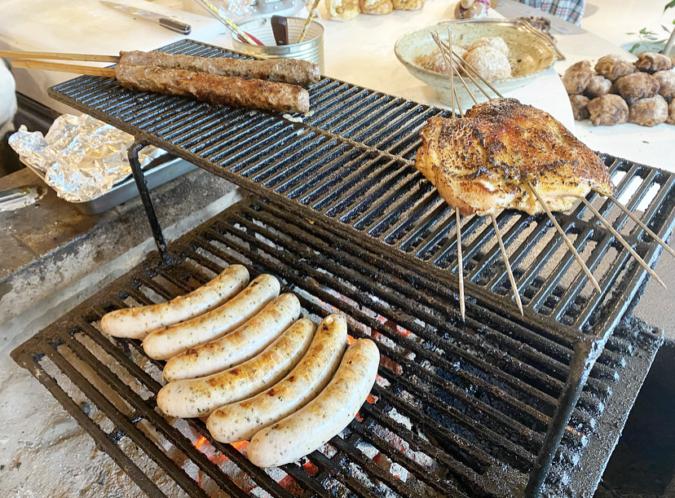 DACOMECCA(ダコメッカ) 目の前で焼かれるお肉