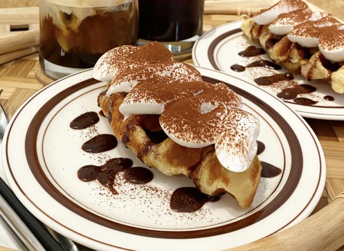 『cafe+82』チョコクリームクロッフル