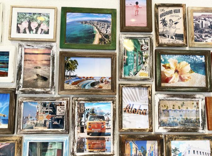 『ALOHA yanasan』店内の壁にはハワイの写真がいっぱい