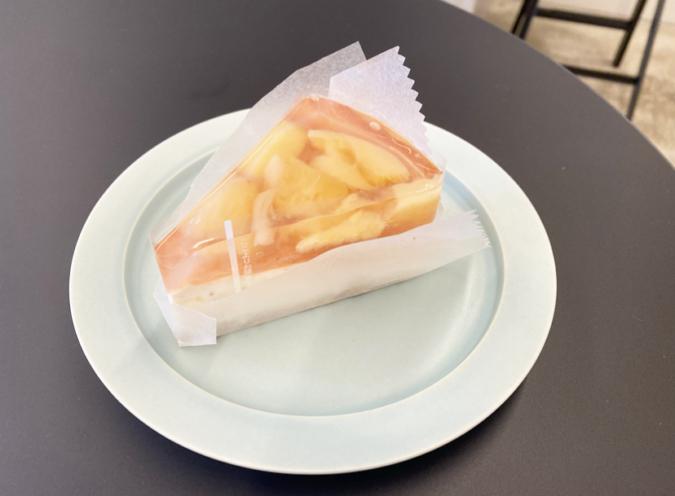 FUK COFFEE(R)PARKS(フックコーヒーパークス)桃のレアチーズタルト