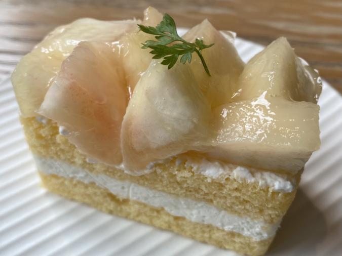 『rejoyce(リジョイス)』桃のチーズクリームケーキ