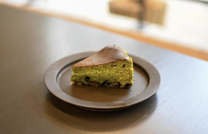FUK COFFEE(R)PARKS(フックコーヒーパークス)大人のバスチー 丹波黒豆と五香抹茶のバスクチーズケーキ