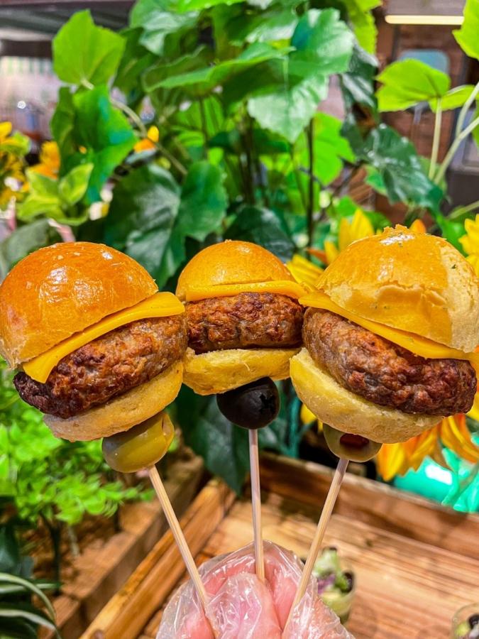 デザートブュッフェ〜フレンチスイーツマーケット〜 ハンバーガー
