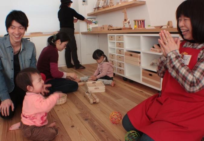 福岡おもちゃ美術館 子どもと遊ぶおもちゃ学芸員