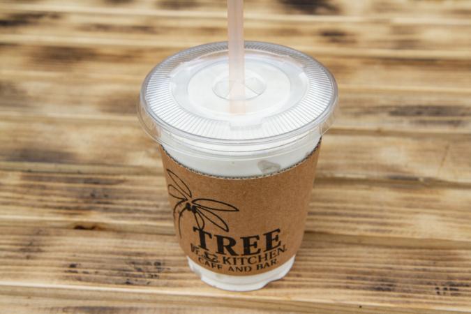 「CAFE & BAR TREE」バナナシェイク