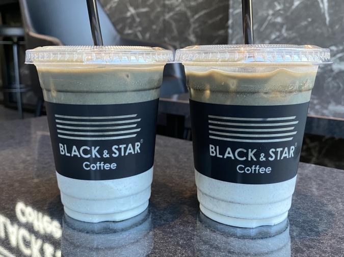 『BLACK&STAR Coffee(ブラックアンドスターコーヒー)』ブラックラテ