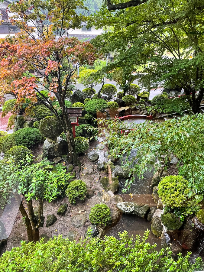 『お寺喫茶 楓』窓からの景色
