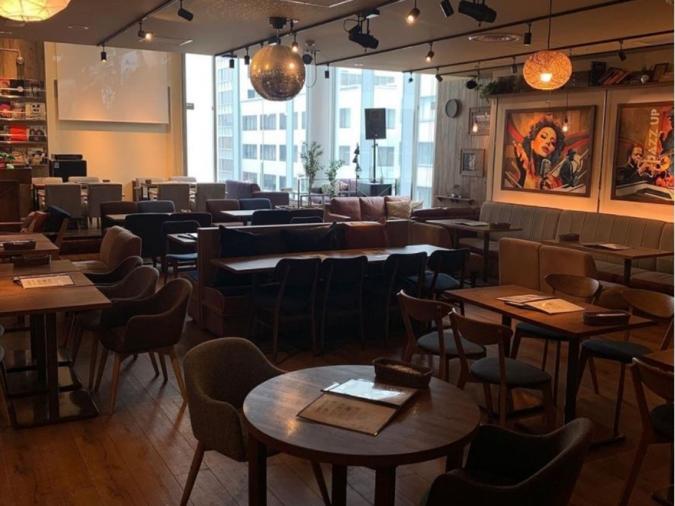 kawara CAFE&DINING FORWARD 店内