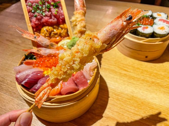 海風土(シーフード) 究極の海鮮丼のエビ天