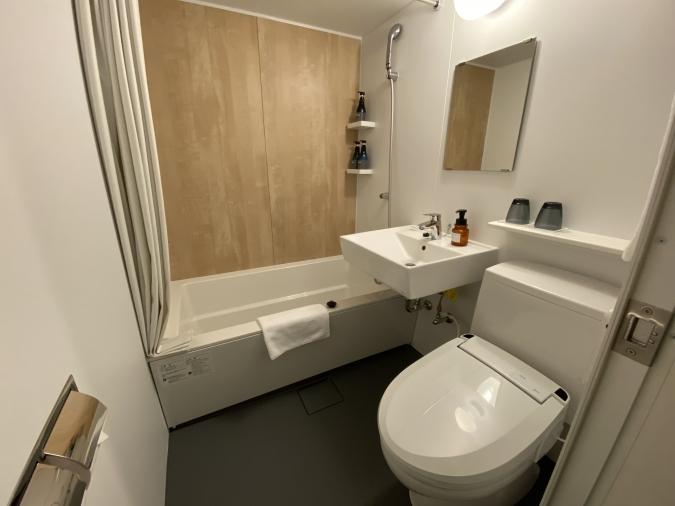 ホテル オリエンタル エクスプレス 福岡天神 浴室