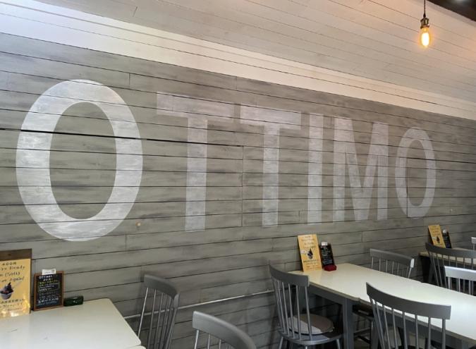 YAKIGASHI CAFE ottimo(焼き菓子カフェ オッティモ)店内