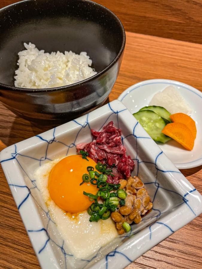 『たんはらみ源』コースの〆の卵かけご飯