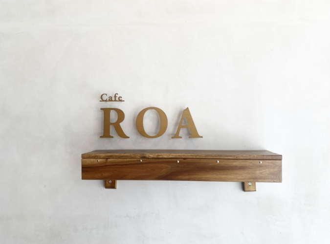 『Cafe ROA(カフェロア)』ロゴ