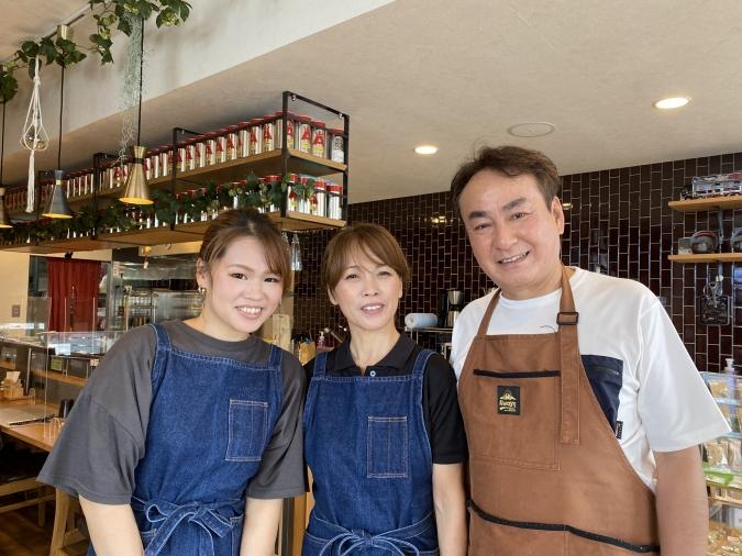 スープカレー専門店 禅(ZEN) オーナー家族