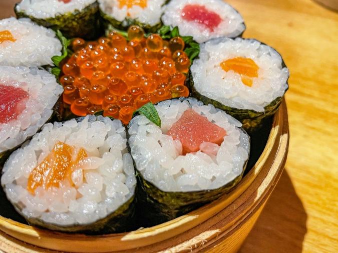 海風土(シーフード) 究極の海鮮丼の巻き寿司