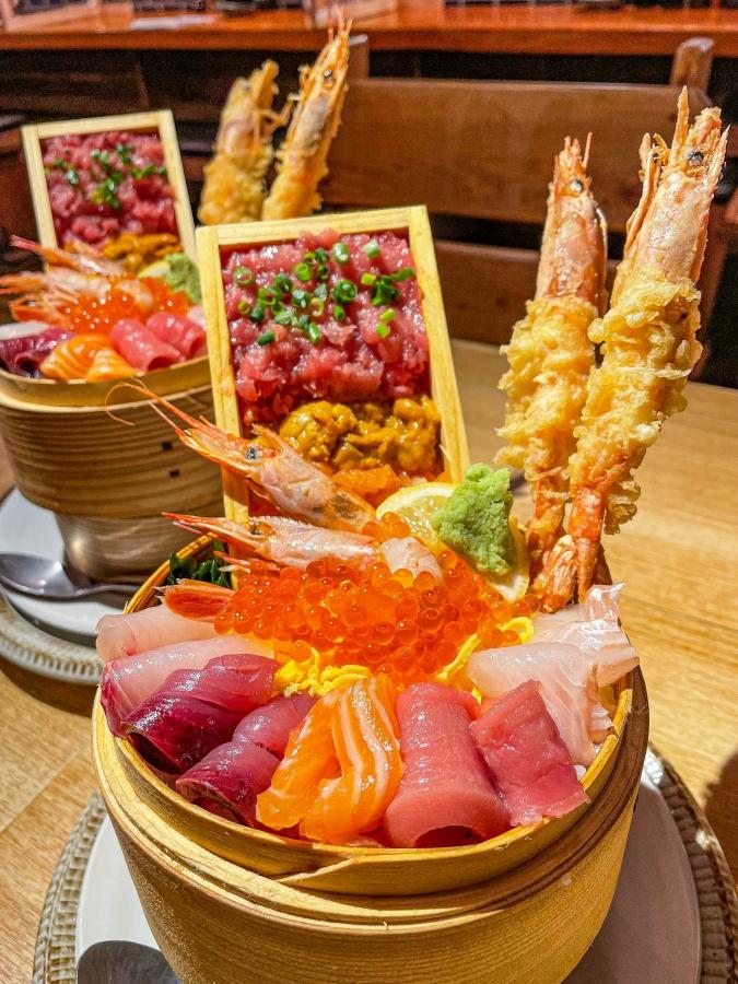 海風土(シーフード) 究極の海鮮丼(1段目)