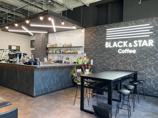 『BLACK&STAR Coffee(ブラックアンドスターコーヒー)』店内