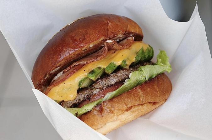 goldenbrownハンバーガー