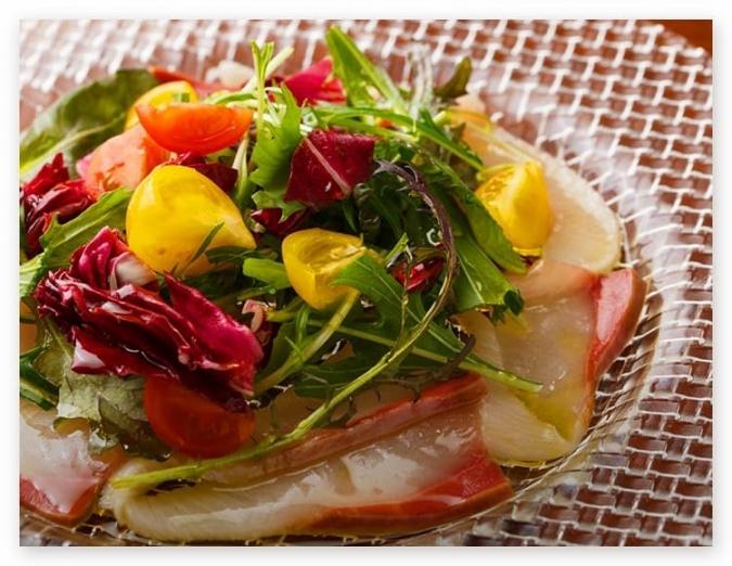 『UNO(ウーノ)』鮮魚のカルパッチョ