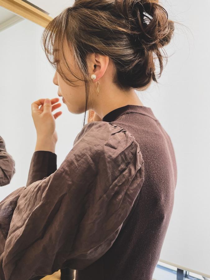 美容師が教える「おくれ毛」の作るときの注意点